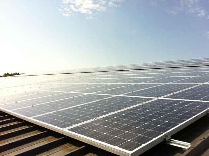 24-centrale-solaire-heliosolaire-agricole