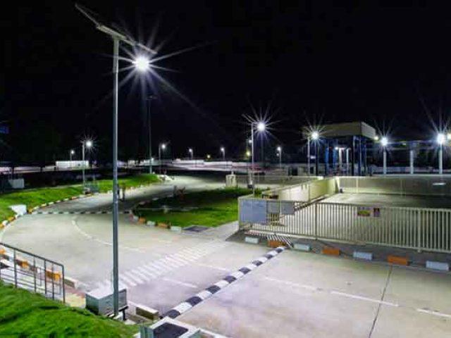 philips-lampadaire-solaire-heliosolaire